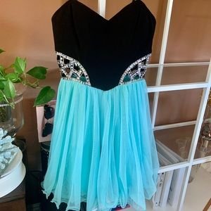 🎀Blondie Nites Short Strapless Prom Dress—Size1🛍